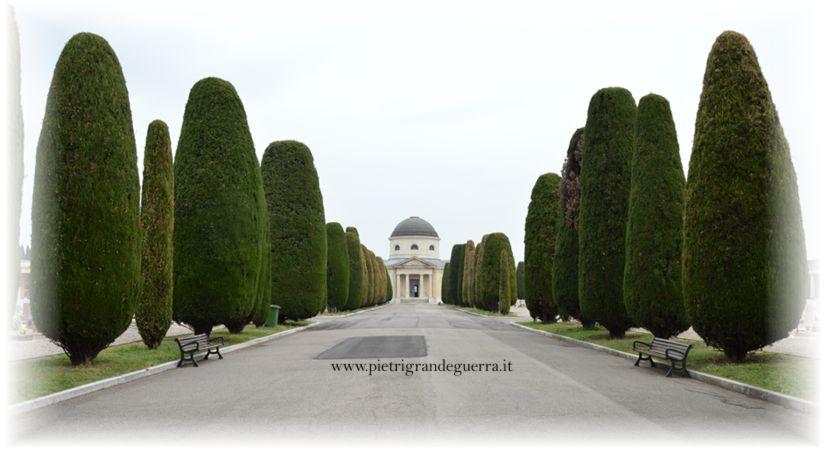 Entrata Cimitero Verona